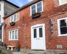 Snaptrip - Last minute cottages - Splendid Knighton Cottage S40344 -