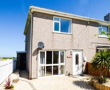 Snaptrip - Last minute cottages - Attractive Aberffraw Cottage S57366 -