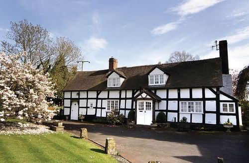 Snaptrip - Last minute cottages - Tasteful Leominster Cottage S16958 -