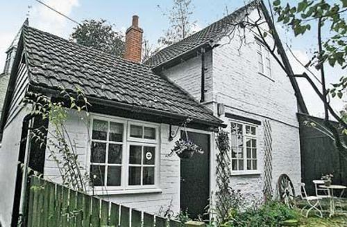 Snaptrip - Last minute cottages - Cosy Leominster Cottage S16967 -