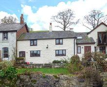 Snaptrip - Last minute cottages - Adorable Llanferres Cottage S45111 -