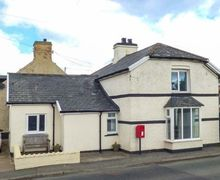 Snaptrip - Last minute cottages - Inviting Glasfryn Cottage S50131 -