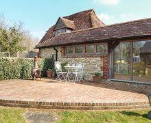 Snaptrip - Last minute cottages - Lovely Coolham Cottage S46073 -