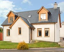 Snaptrip - Last minute cottages - Captivating Newtonmore Cottage S43088 -