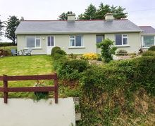 Snaptrip - Last minute cottages - Tasteful Bantry Cottage S49712 -
