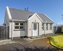 Snaptrip - Last minute cottages - Charming Letterkenny Cottage S57524 -