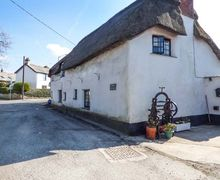Snaptrip - Last minute cottages - Lovely Stratton Cottage S49708 -