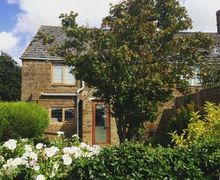 Snaptrip - Last minute cottages - Beautiful Claydon Cottage S45584 -