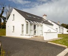 Snaptrip - Last minute cottages - Superb Letterkenny Cottage S60175 -