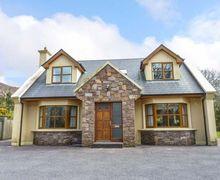 Snaptrip - Last minute cottages - Excellent Killarney Cottage S50444 -