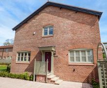 Snaptrip - Holiday cottages - Inviting Puddington Cottage S71408 -