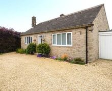 Snaptrip - Last minute cottages - Wonderful Matlock Cottage S57508 -