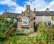 Snaptrip - Last minute cottages - Quaint Warslow Cottage S70277 -