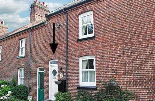 Snaptrip - Last minute cottages - Excellent Cromer Cottage S17094 -