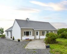 Snaptrip - Last minute cottages - Delightful Clifden Cottage S60289 -