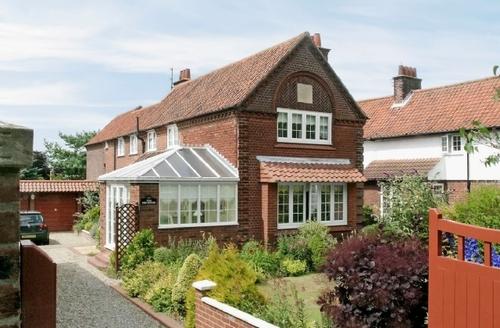 Snaptrip - Last minute cottages - Luxury Cromer Cottage S17097 -