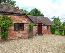 Snaptrip - Holiday cottages - Superb Trowbridge Cottage S58151 -