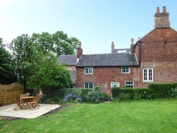 Fallowfields Cottage