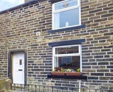 Snaptrip - Last minute cottages - Superb Haworth Cottage S78343 -