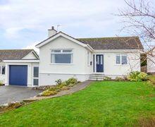 Snaptrip - Last minute cottages - Quaint Llanfaes Cottage S77230 -