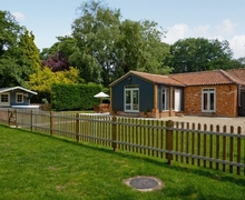 Snaptrip - Last minute cottages - Wonderful Dereham Cottage S17183 -