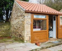 Snaptrip - Last minute cottages - Captivating Bolsover Cottage S72924 -