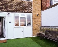 Snaptrip - Last minute cottages - Lovely Broadstairs Cottage S74519 -