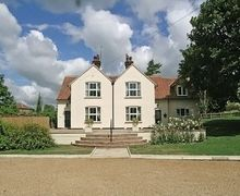 Snaptrip - Last minute cottages - Charming Fakenham Cottage S17201 -