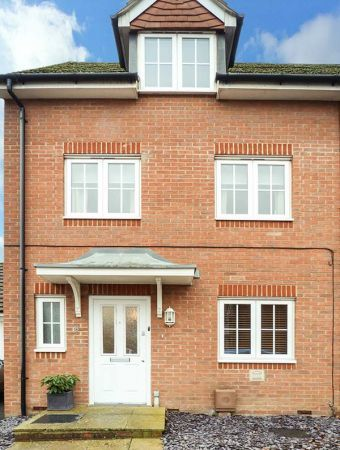 8 Baxendale Road
