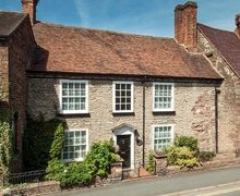 Snaptrip - Holiday cottages - Stunning Much Wenlock Cottage S77074 -