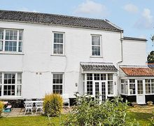 Snaptrip - Last minute cottages - Splendid Fakenham Apartment S17206 -