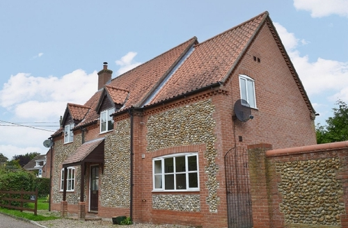 Snaptrip - Last minute cottages - Superb Fakenham Cottage S17234 -