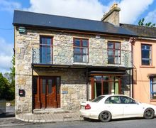 Snaptrip - Last minute cottages - Stunning Boyle Cottage S37163 -