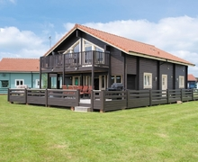 Snaptrip - Last minute cottages - Charming Great Yarmouth Lodge S17246 -