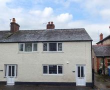 Snaptrip - Last minute cottages - Beautiful Ruthin Cottage S44336 -