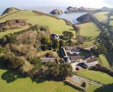 Snaptrip - Last minute cottages - Cosy Watermouth Cottage S45492 -