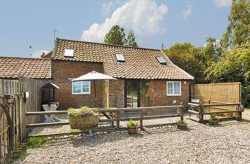 Snaptrip - Last minute cottages - Superb Happisburgh Cottage S17272 -