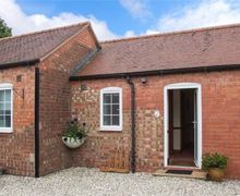 Snaptrip - Last minute cottages - Excellent Berkswell Cottage S50356 -
