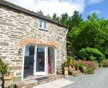 Snaptrip - Last minute cottages - Cosy Llangwm Cottage S71968 -