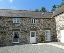 Snaptrip - Last minute cottages - Quaint Llangwm Cottage S71969 -
