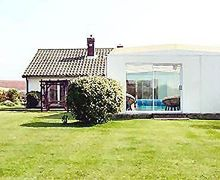 Snaptrip - Last minute cottages - Luxury Happisburgh Cottage S17289 -