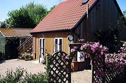 Snaptrip - Last minute cottages - Cosy Happisburgh Cottage S17298 -