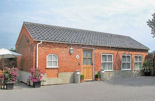 Snaptrip - Last minute cottages - Lovely Happisburgh Cottage S17310 -