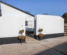 Snaptrip - Last minute cottages - Superb Rackenford Cottage S77109 -