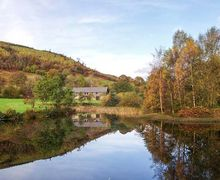 Snaptrip - Last minute cottages - Inviting Builth Wells Cottage S77768 -