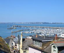 Snaptrip - Last minute cottages - Charming Brixham Cottage S7718 -