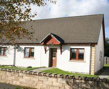 Snaptrip - Last minute cottages - Superb Aviemore Bungalow S7421 -