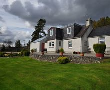 Snaptrip - Last minute cottages - Lovely Beauly Cottage S7416 -