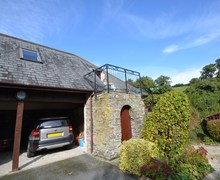 Snaptrip - Last minute cottages - Attractive Wadebridge Wing S7768 -