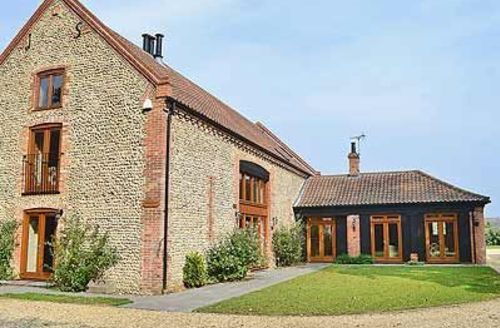 Snaptrip - Last minute cottages - Lovely Holt Cottage S17344 -